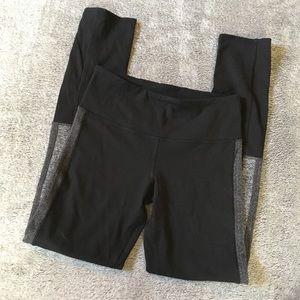 Ivivva Black and Gray Herringbone Leggings